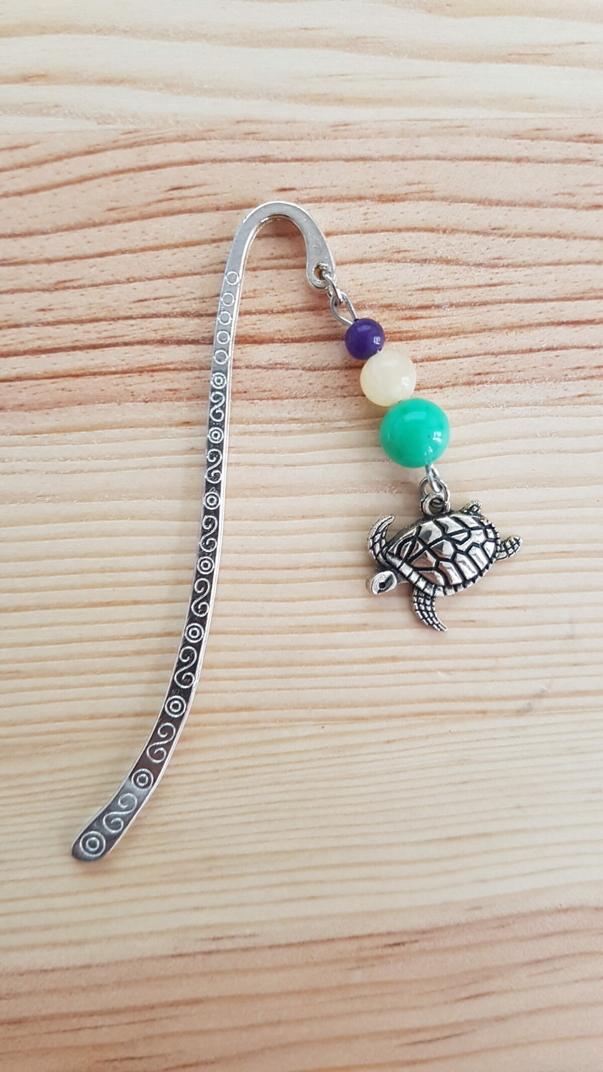 Marque page tortue nageant